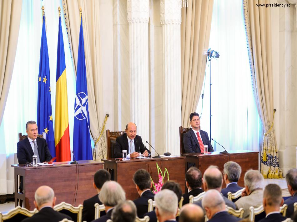 reuniunea-diplomatiei-romanesti