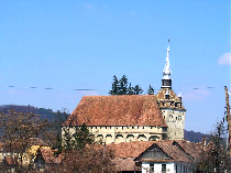 the-fortified-church-and-the-peasant-stronghold-of-saschiz-