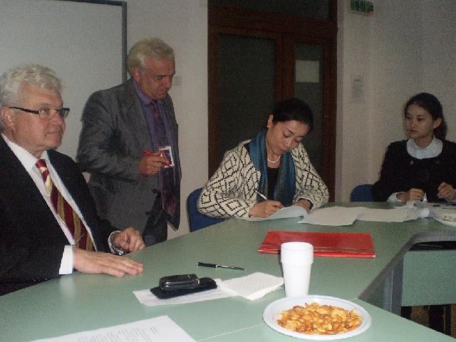 2015年7月3日:德瓦市的汉语教学