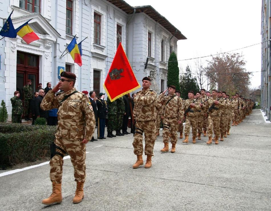 ceremonie-pentru-militarii-sositi-din-afganistan