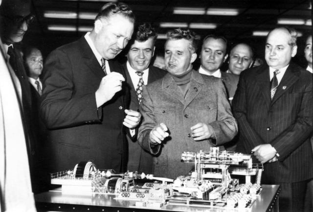planwirtschaft-im-kommunismus-die-forcierte-industrialisierung-1965-1975