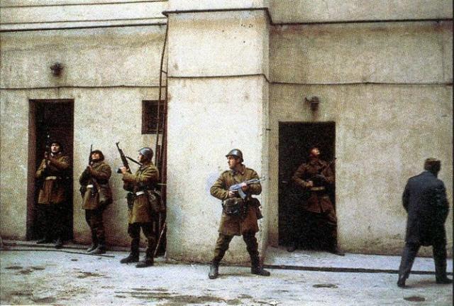 tragedies-de-la-revolution-roumaine-le-cas-otopeni