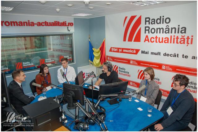 scoala-de-vacanta-a-academiei-romane-la-radio-romania
