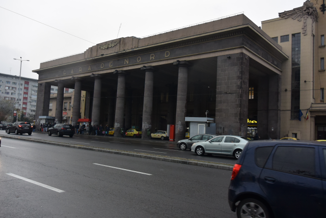 railway-stations-of-bucharest