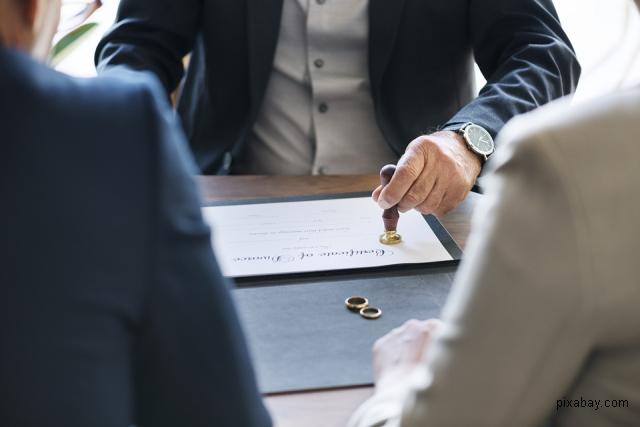 procedura-divortului-la-notar-pentru-cetatenii-straini