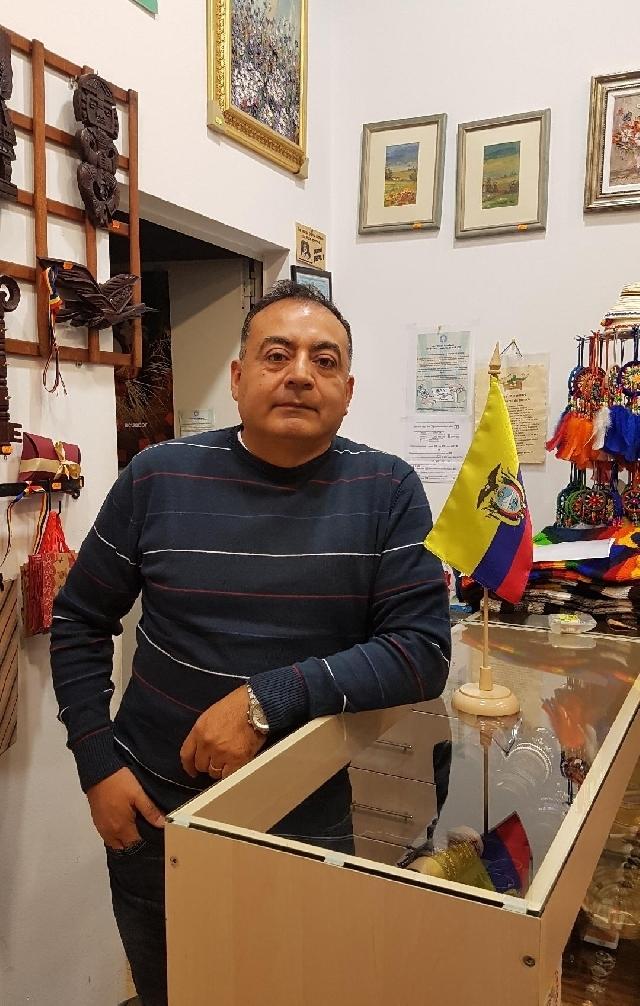 angel-muoz-un-ecuatoriano-en-bucarest
