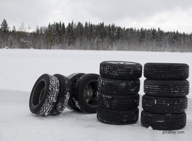 reguli privind anvelopele de iarnă
