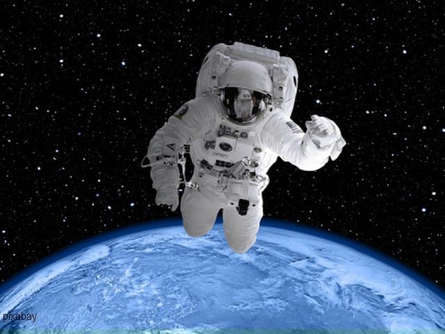 astronomia nello spazio romeno