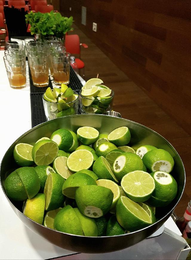 taller-de-cocteleria-cubana-en-bucarest