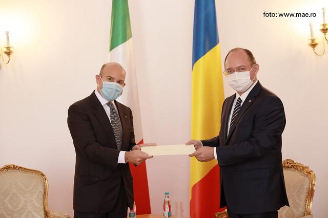 l'ambasciatore d'italia designato in romania presenta copia credenziali al ministro degli esteri