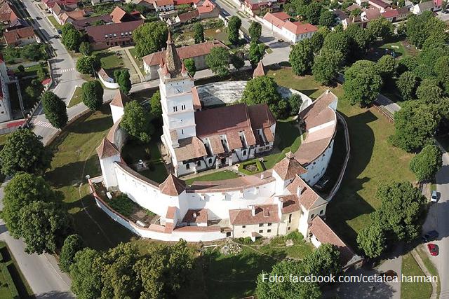 biserica-fortificata-harman-