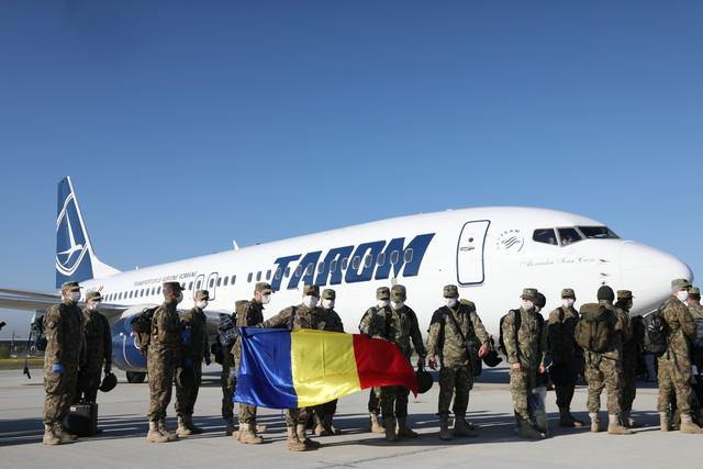 """عسكريّو وحدة """"أسود جبال الكاربات"""" غادروا إلى مالي"""