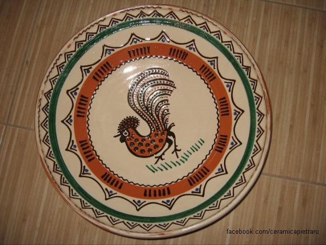 2021年7月19日:霍雷祖城镇的陶瓷