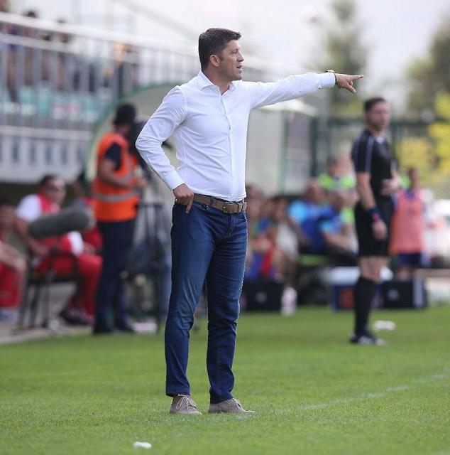 دانييل إسايلا، مدرباً رئيسياً لنادي بني ياس لكرة القدم