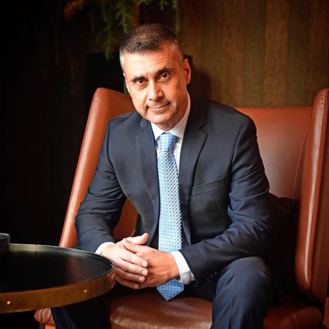 interviu-cu-ambasadorul-statului-israel-la-bucuresti-david-saranga