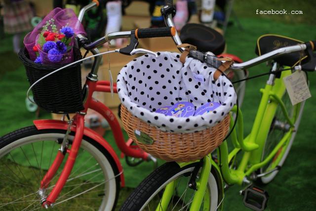 Жінки на велосипеді