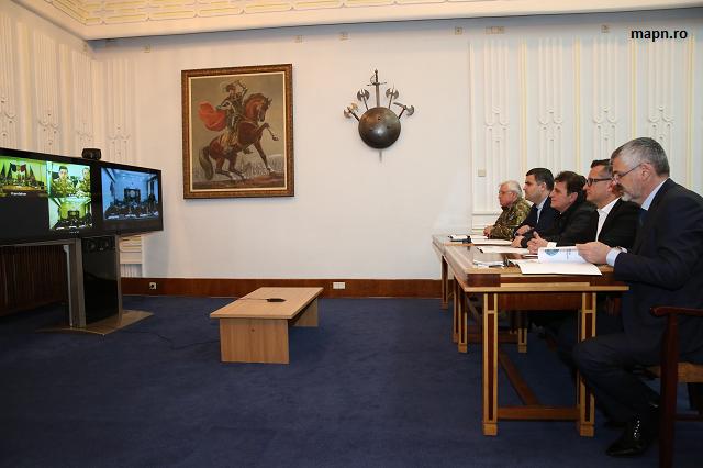 ministrul-gabriel-les-in-videoconferinta-cu-militarii-din-afganistan