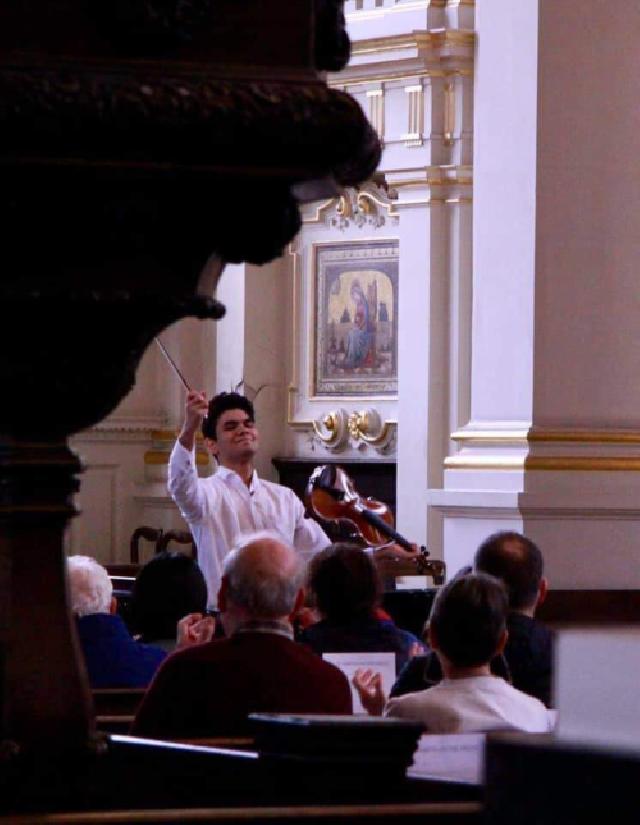 violonistul-ioan-octavian-pirlea-elev-la-scoala-de-tineri-muzicieni-purcell-din-marea-britanie