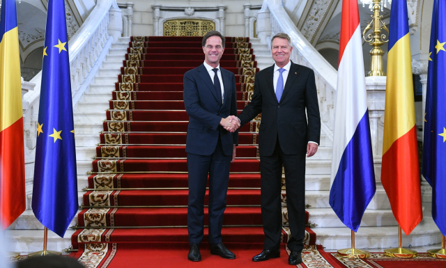 dutch prime minister travels to bucharest