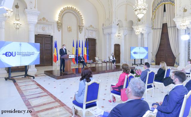 gebildetes-rumaenien-ein-projekt-des-praesidenten