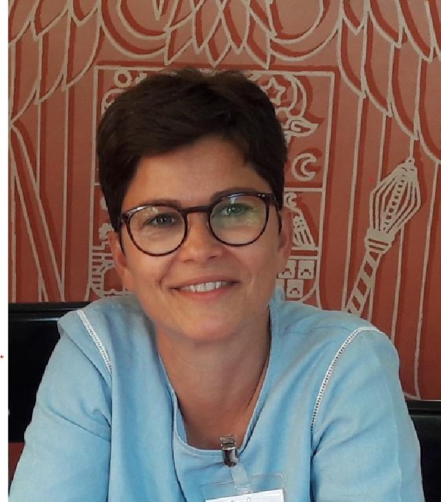 franzosin-mit-adoptionshintergrund-auf-der-suche-nach-ihren-rumaenischen-wurzeln