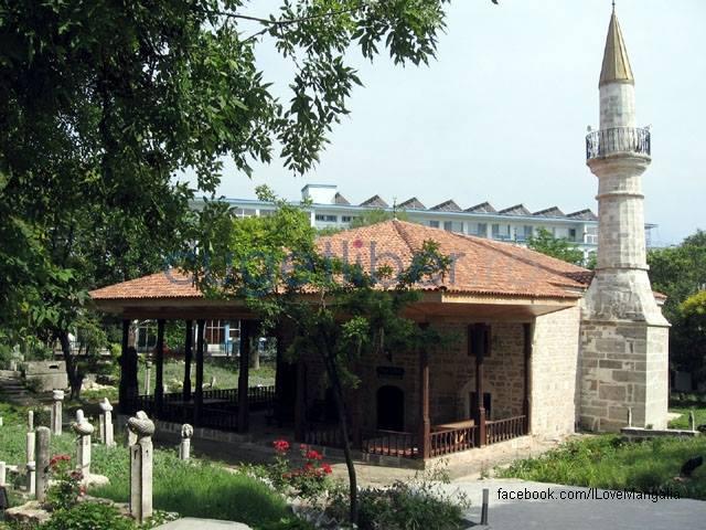 moscheea-esmahan-sultan-din-mangalia