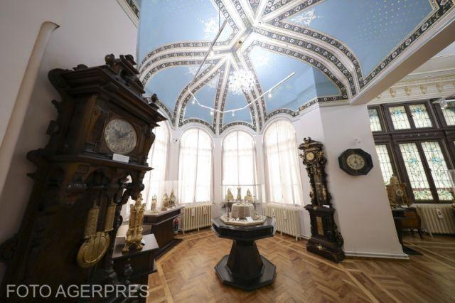 Музей часов в городе Плоешть