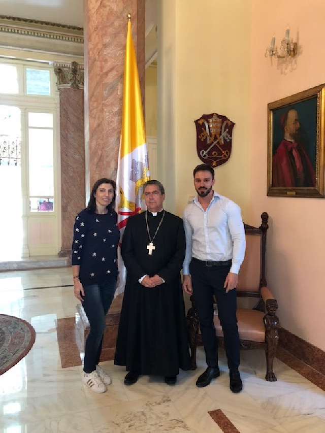 entrevista-al-nuncio-apostolico-en-rumania