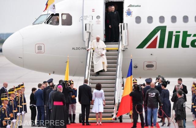 papa-francisc-o-vizita-istorica-in-romania