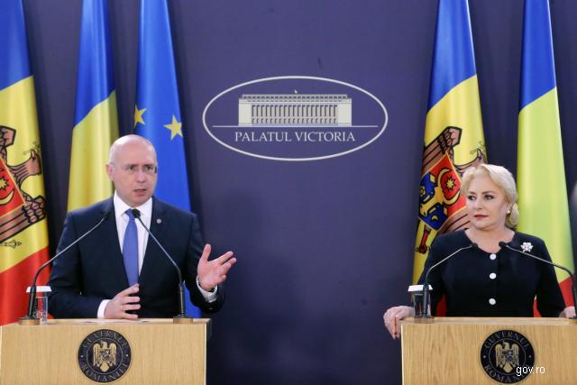 la-seance-commune-des-gouvernements-roumain-et-moldave