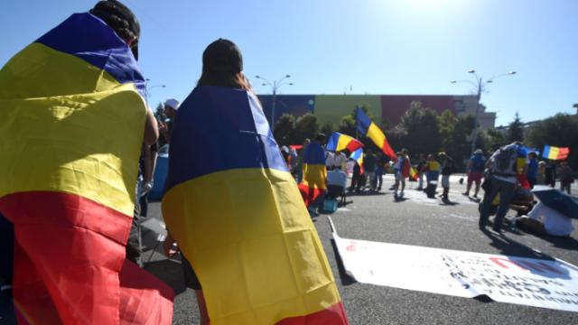 تظاهرة احتجاجية ضخمة للرومانيين في الشتات