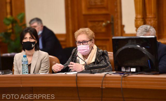 parliament-dismisses-ombudsman-