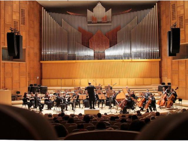 primul-concert-live-de-la-sala-radio-in-2021-mozart-dirijat-de-tiberiu-soare