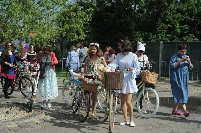 skirtbike-parade-radlerinnen-erobern-die-staedte