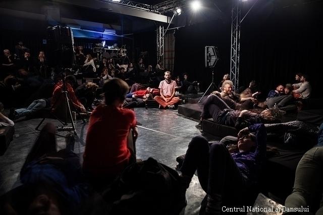 espectaculo-dedicado-a-isidore-isou-en-el-centro-nacional-de-baile-de-bucar