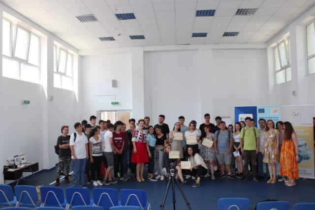 teatru-forum-la-liceul-tehnologic-carol-i-din-bucuresti