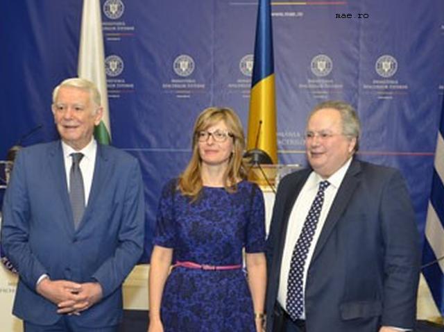 treffen-der-aussenminister-rumaeniens-griechenlands-und-bulgariens-in-bukarest
