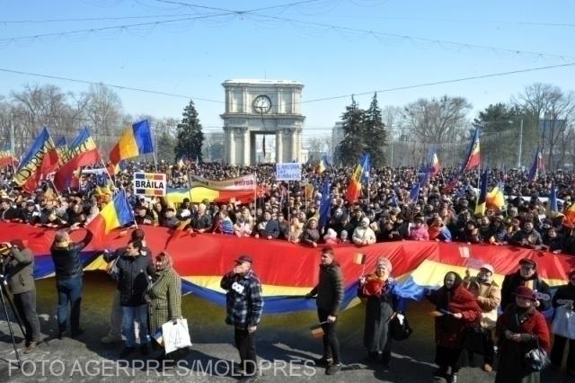 gran-asamblea-de-chisinau-dedicada-al-centenario-de-la-union-de-besarabia-con-rumania