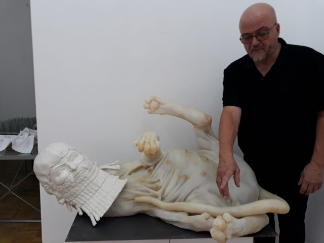 sculptorul-virgilius-moldovan-din-austria