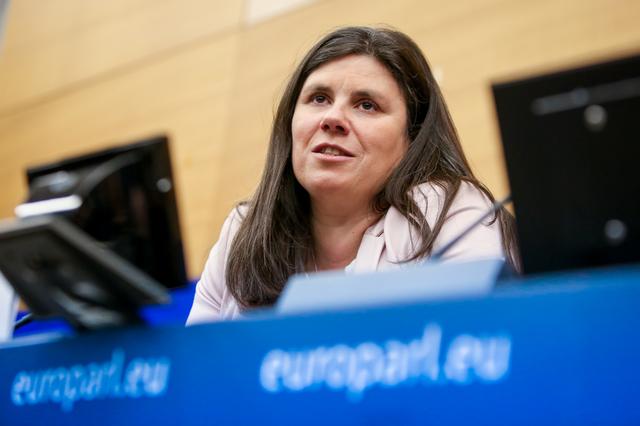 noi-reguli-europene-pentru-protectia-avertizorilor-de-integritate