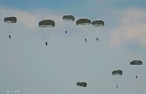 the-paratroopers-of-the-romanian-army